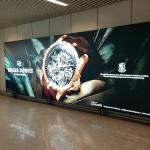 La campagna di affissioni Roger Dubuis negli aeroporti Malpensa e Fiumicino