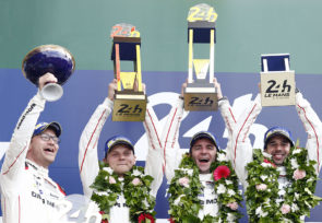 001 - Porsche winners of the 24 Hours of le Mans 2016
