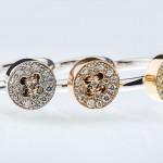 La collezione di anelli Eyelet Milano